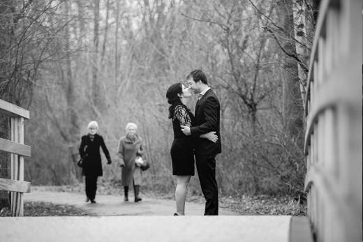 Nederlandse bruidsfotografie huwelijk bruiloft loveshoot van Renate en Bram in Leiderdorp