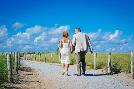 Nederlandse bruidsfotografie huwelijk bruiloft van Monique en Henk in Katwijk aan Zee