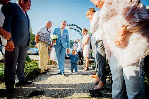 Nederlandse bruidsfotografie trouwreportage huwelijk bruiloft en loveshoot van Danny en Chantal in Slot Zuylen
